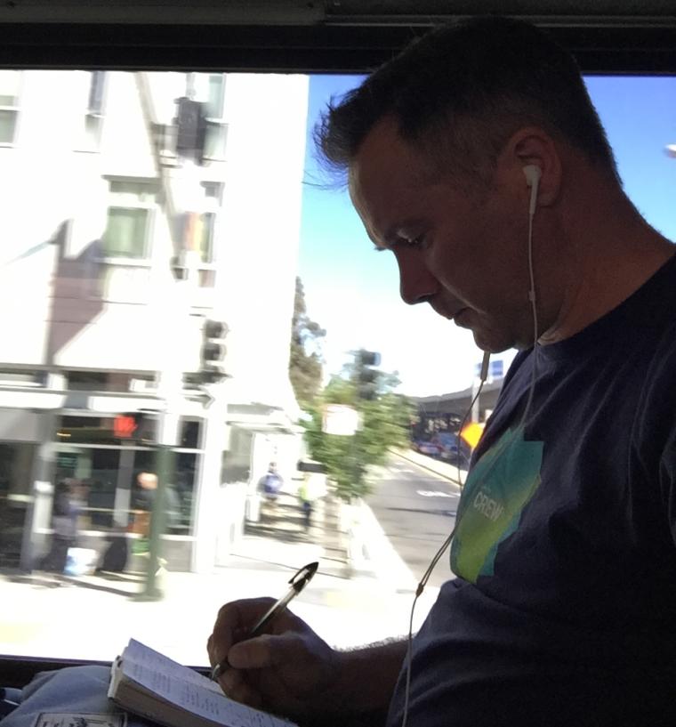 Blog_sketching_on_Bus_1